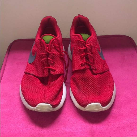 meet incredible prices enjoy bottom price Nike Roshe One 'Red Gym' Sneaker